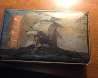 Vintage Lovell & Covel Canco Candy Tin