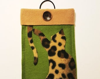 "Tablet Case,7""iPad Cover,FREE SHIPPING,Cat iPad Cover,Tablet Sleeve,Holiday Gifts,Leopard,Tablet Cover,iPad Sleeve,Handmade iPad Cover,gift"
