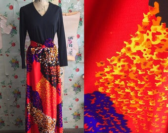 Vintage 1960s/1970s Psychedelic Print Maxi Dress. Medium. Purple, orange, black.
