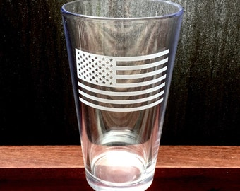 Etched American Flag Pint Glass