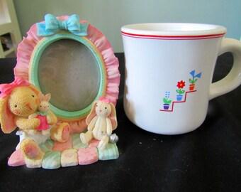 Vintage Standing Baby frame, Vintage Child Mug  413