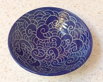 Hand carved ceramic bowl with stylized waves design, handmade pottery bowl with hand carved designs, stoneware bowl in gray & royal blue