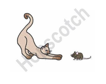 Cat And Mouse - Machine Embroidery Design