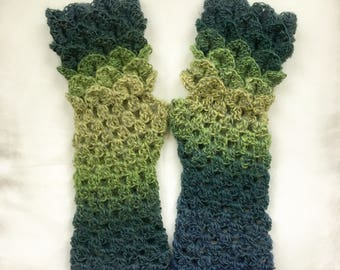 Dragon Scale Gloves   Arm Warmers Forest Green
