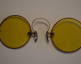 Amber Tinted Pince Nez Nose Pinch Glasses
