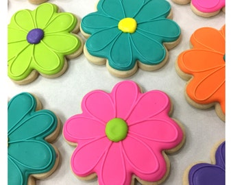 Bright Springtime Flower Sugar Cookies!
