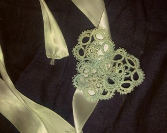 Beautifully hand tatted ribbon blue and white ribbon headband
