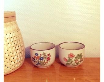 Retro cups / Tasses fleuries rétro