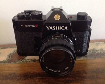 YASHICA TL ELECTRO vintage camera with case bag spare lens accessories retro film