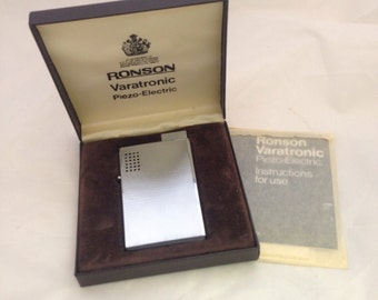 Vintage Ronson Varatronic Piezo-Electric Lighter in box