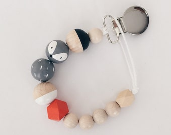 Hand-painted dummy with geometric wooden beads - gray, orange-red FOX