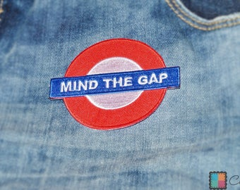 Patch / patch - mind the gap underground London - Red - 7, 5 x 6, 1 cm - patch application applications to the iron application patches