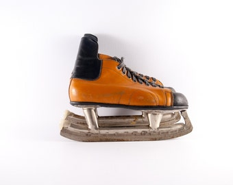 Vintage ice skates, leather ice skates, USSR skates, soviet skates, old skates, winter decor, leather skates, brown skates, skates ornament