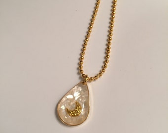White Moon Drop Necklace