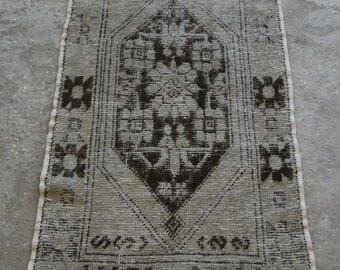 Vintage Nigde Carpet, Authentic Medallion Rug