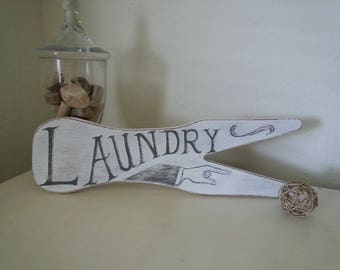 Hand-painted, Old-fashioned Laundry Sign - Distressed
