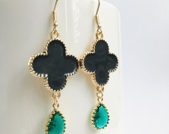 Emerald Teardrop Earrings, Clover Earrings, four leaf Earrings, Black Clover Earrings, Emerald Birthstone Earrings, Black Flower Earrings,Go