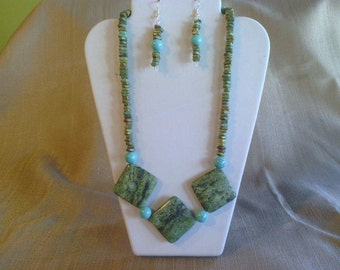 112 Modern Bohemian Style Magnesite Turquoise and Yellow Turquoise Beaded Necklace