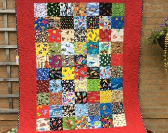 I-Spy Quilt.Patchwork Quilt.Star Quilt.Handmade Quilt.Home Decor.Girls.Animal Quilt.Boys .Red Quilt.Girls or Boys Bedding.New