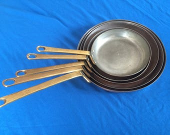 """Set of 5 French """"Vintage"""" Copper frying pans"""
