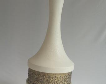 Cream and brass Lampbase #2