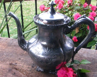 ON SALE .Vintage Tea Pot. Coffee pot. Victorian. Was 49.00