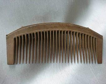 Vintage Wooden Comb - Art Nouveau BoutiqueByDanielle