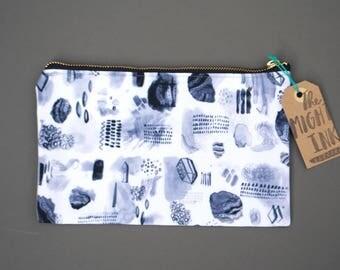 Crystal Pattern Pencil Case
