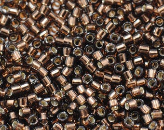11/0 Delica Beads / #150 / Miyuki Japanese Seed Beads / Silver Lined Brown / 7 grams / DB150