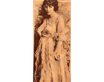 Vintage Woman 1920 Vintage Photo Lady