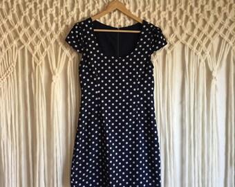 Navy Blue and White Polka Dot Dress // Cap Sleeves // Classic Retro Polka Dots Dress // Minnie Mouse Vibes // Medium