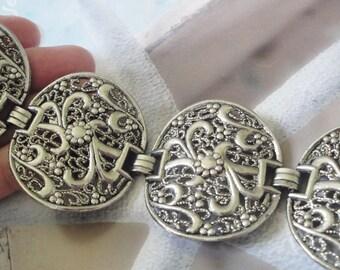Woman's Vintage Silver Filigree Bracelet   Large Link Statement Bracelet