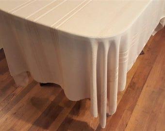 "Retro 1970's Cotton/Rayon Tablecloth with Six Napkins, 75""L x 56""W"
