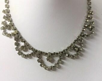 A Beautiful Vintage Sparkly Diamante Necklace 1950's