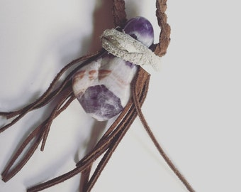 Polished Stone and Leather Necklace