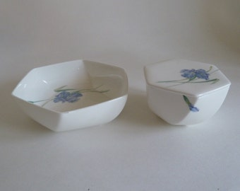 Blue Floral Decorative bowl/Trinket dish/Bone China Iris Bowl/Christopher Stuart Covered box/Iris Y1519/Iris Candy Nut dish/Southern Serving