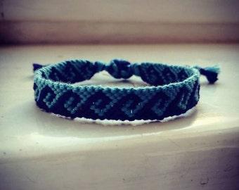 woven bracelet, wave pattern, surferstyle, friendship arm band, festivalstyle