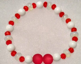 Red and White Glass Beaded Stretch Bracelet