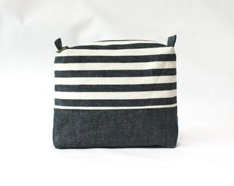 Stripe pouch-M, travel pouch, sanitary pad pouch, cosmetic pouch, makeup bag