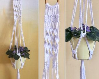 Macrame Planthanger of Snow White Cotton Yarn