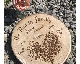 Family tree, log slice family tree, anniversary gift, gift for parents, gift for grandparents