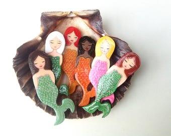 Mermaid brooch, zoownatas