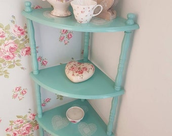 Blue corner shelves, vintage style shelves, pretty shelves, blue shelves, decoupage shelves, shelves with hearts, girly home decor
