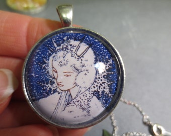 Snow Queen pendant