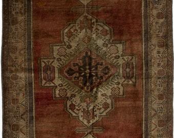 "5'1"" x 9'10"" Anadol Vintage Turkish Rug"