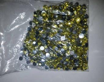 Yellow small flat beads