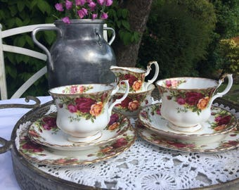 Royal Albert 'Old Country Roses' vintage tea set