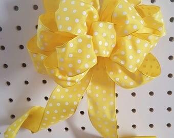 Yellow Polka-dot Bows