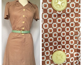 60s Mini Dress with Large Lapel Collar, Ivory Colored Buttons, Tan & Orange Geometric Pattern, Fitted Darts in Front and Back