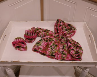 "Pink ""Camo"" Hooded Crochet Cardigan with Booties for 0 to 3 months old."